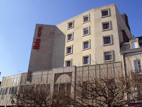 ibis Chateauroux : Hotel near La Chapelle-Orthemale