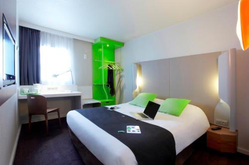 Campanile Poitiers - Site du Futuroscope : Hotel near Saint-Georges-lès-Baillargeaux