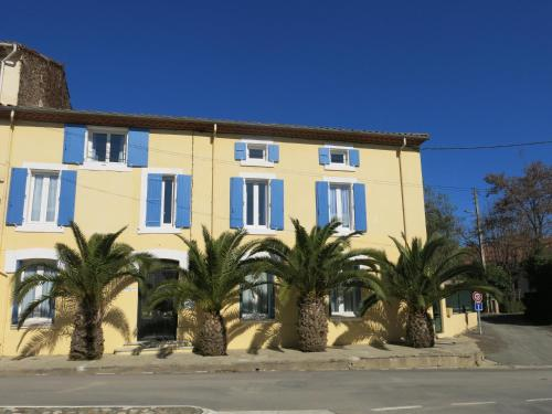 Maison des Palmiers : Bed and Breakfast near Montouliers