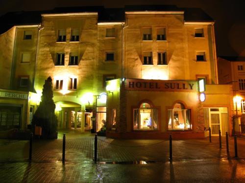 Hotel Sully : Hotel near Saint-Cyr-la-Rosière