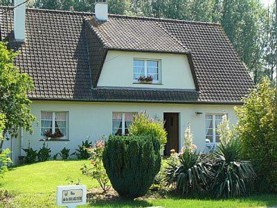 Les Yuccas : Bed and Breakfast near Ergny