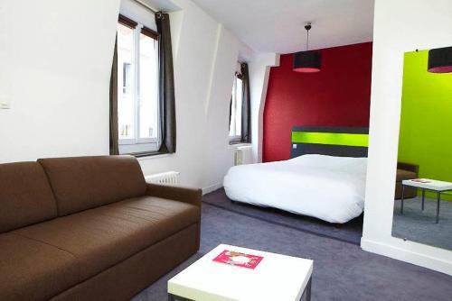 Hôtel d'Angleterre : Hotel near Fontenay-le-Fleury