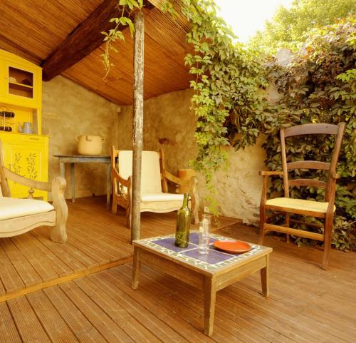 La Vigne Bleue : Guest accommodation near Oupia