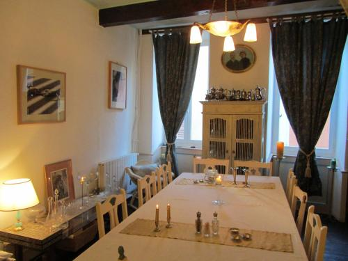 La Maison de Natasha : Bed and Breakfast near Saleich