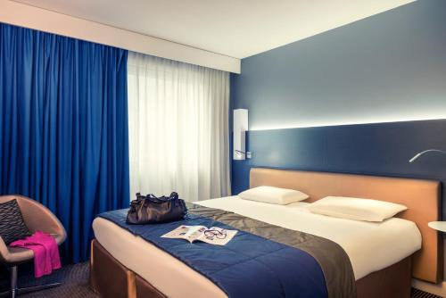 Mercure Paris Massy Gare TGV : Hotel near Chilly-Mazarin