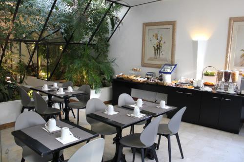 Newhotel Saint Charles : Hotel near Marseille 1er Arrondissement