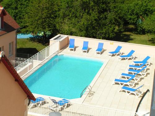 Terres de France - Appart'Hôtel La Roche-Posay : Guest accommodation near Tournon-Saint-Martin