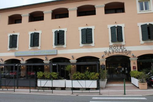 Hotel Napoleon : Hotel near La Turbie