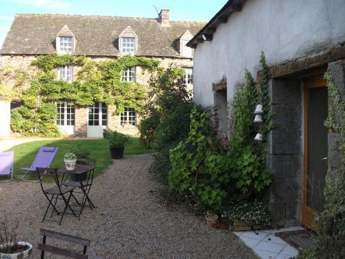 La Clef du Four : Bed and Breakfast near Tinténiac