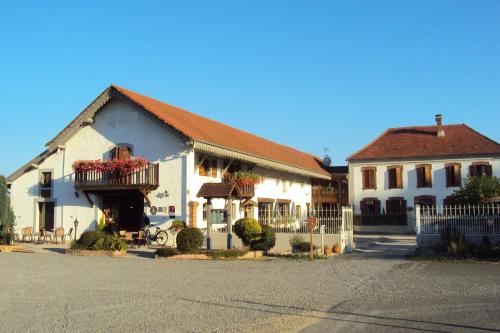 Logis Hôtel Les 3B : Hotel near Ansost