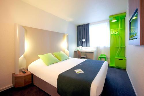 Campanile Lille Euralille : Hotel near Marquette-lez-Lille