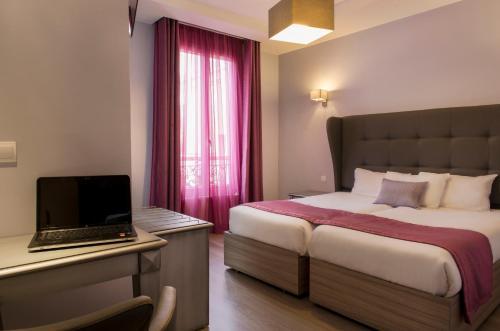 Mirific : Hotel near Paris 17e Arrondissement