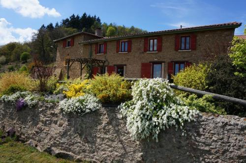 La Ferme du Thiollet : Bed and Breakfast near Sourcieux-les-Mines