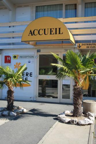 Première Classe Mâcon Sud : Hotel near Mâcon
