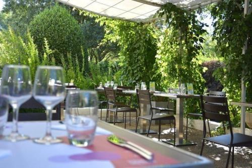 Campanile Aix-en-Provence Sud - Pont de l'Arc : Hotel near Bouc-Bel-Air