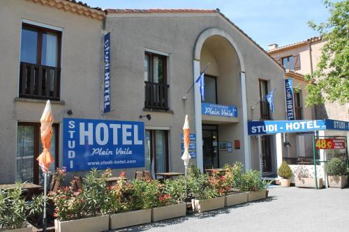 Studi-Hôtel Résidence Plein Voile : Guest accommodation near Les Salles-sur-Verdon