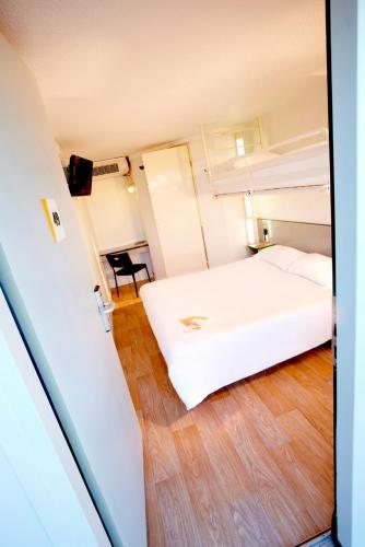 Premiere Classe Marseille Vitrolles Anjoly : Hotel near Gignac-la-Nerthe