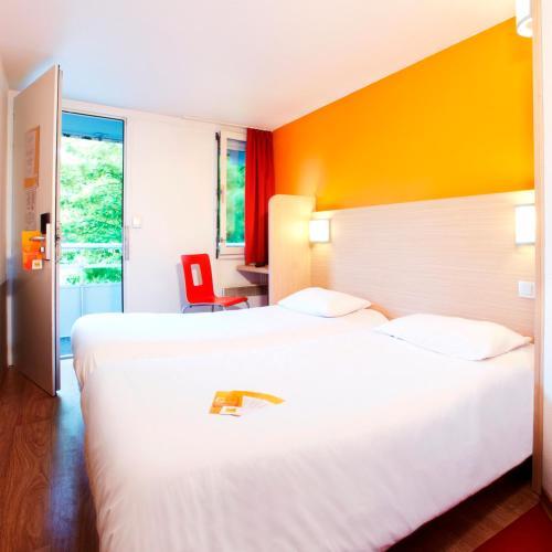 Premiere Classe Lille Nord Roncq : Hotel near Wattrelos