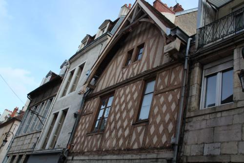 Studio Dijon Centre Historique : Apartment near Remilly-sur-Tille
