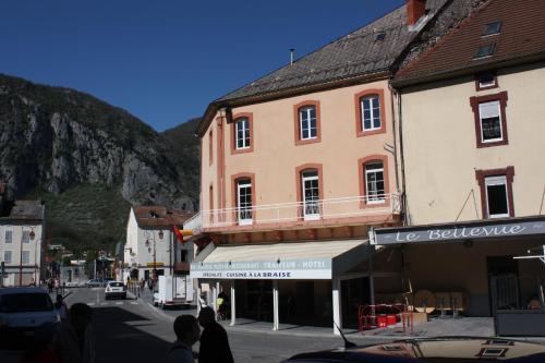 Hôtel Le Bellevue : Hotel near Mercus-Garrabet
