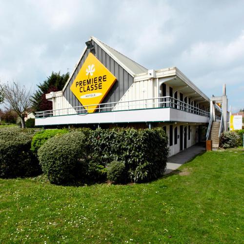 Premiere Classe St Etienne Nord Villars : Hotel near Valfleury