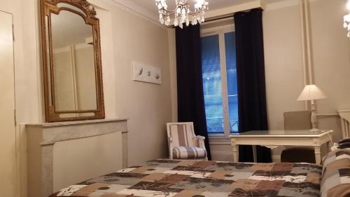 Hotel Azur : Hotel near Lyon 2e Arrondissement