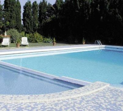 Le Domaine Du Chapitre : Bed and Breakfast near Couffoulens
