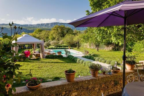 La Grande Maison De Nans : Bed and Breakfast near Plan-d'Aups-Sainte-Baume