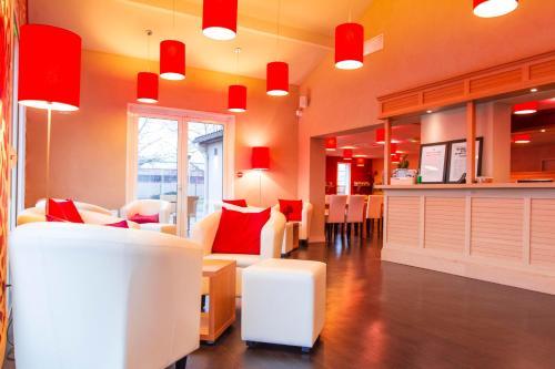 Kyriad Bourgoin-Jallieu : Hotel near Culin