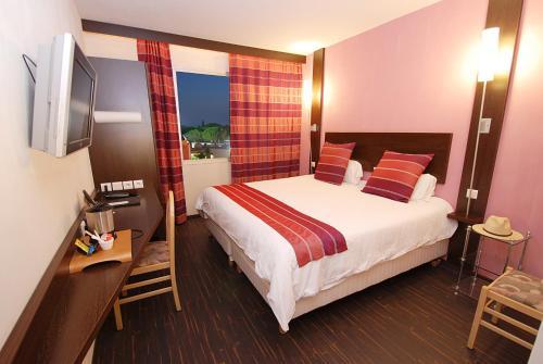 Nimotel : Hotel near Bernis