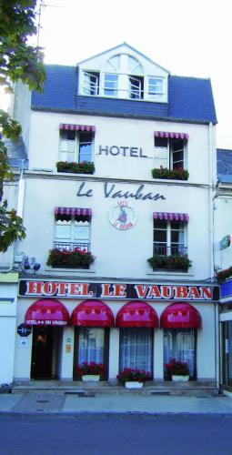Hôtel Le Vauban : Hotel near Hiesville