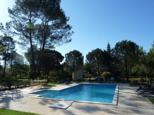 La maison de la Cigale : Bed and Breakfast near Forcalqueiret