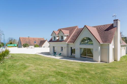 Villa Tracy Gold Beach : Guest accommodation near Tracy-sur-Mer