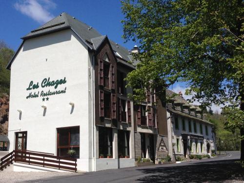 Hôtel des Chazes : Hotel near Pierrefort