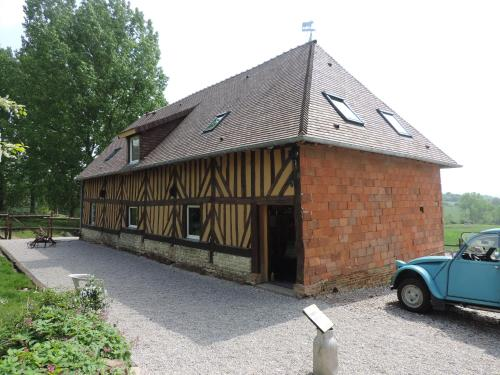 Ferme de la Tuilerie : Guest accommodation near Saint-Michel-de-Livet