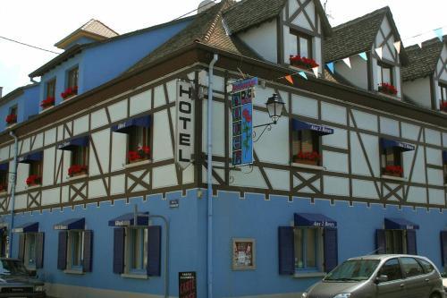 Hôtel Restaurant Aux Deux Roses : Hotel near Weckolsheim