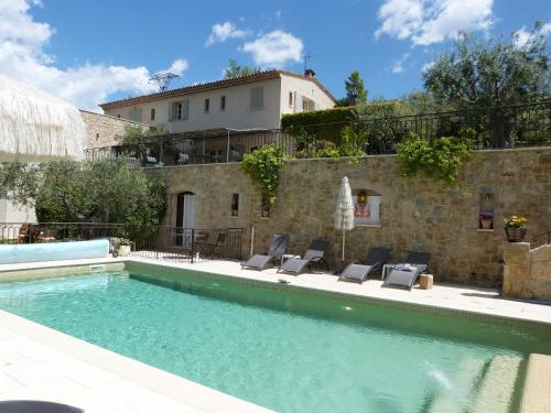 Mas De La Coste : Bed and Breakfast near Fayence