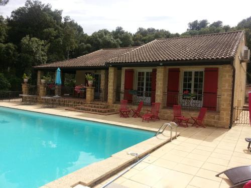 La Combe Joseph : Bed and Breakfast near Saint-Bonnet-du-Gard