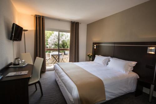 Le Floréal : Hotel near Coursegoules