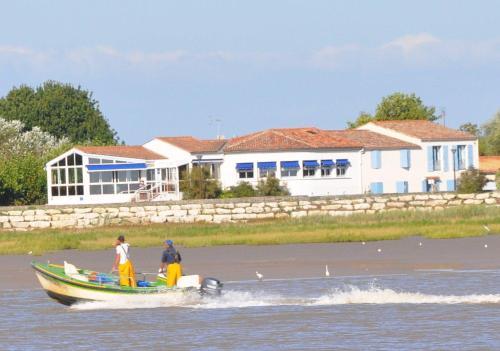 L'Estuaire : Hotel near Arces