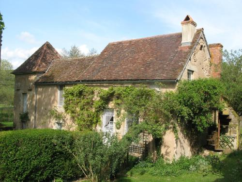 Le Paquier De Vismoux : Guest accommodation near Savilly