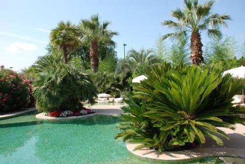 Domaine De Respelido : Guest accommodation near Castagniers