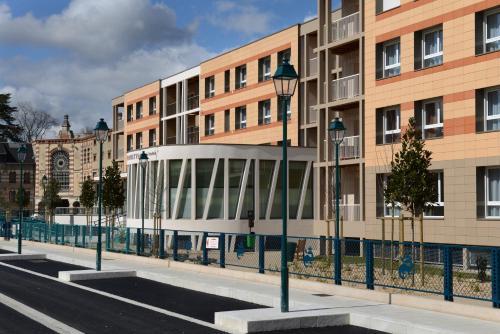 Domitys Le Jardin des Trois Rois : Guest accommodation near Sembleçay