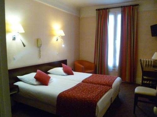 Hôtel Du Roule : Hotel near Neuilly-sur-Seine