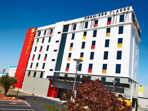 Première Classe Lyon - Saint Priest Eurexpo : Hotel near Pusignan