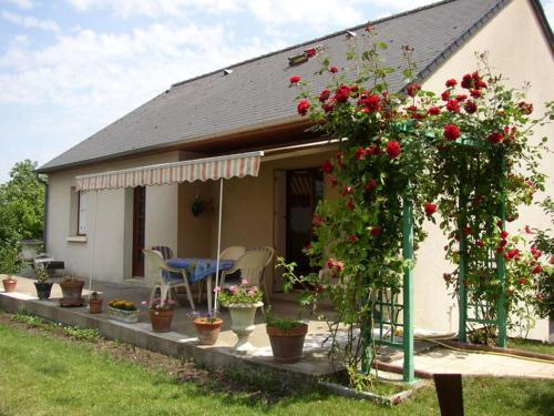Au Repos Saint-Jean : Bed and Breakfast near Chinon