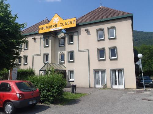 Hotel Grenoble Voreppe : Hotel near Mont-Saint-Martin