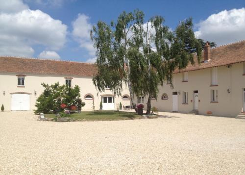 Ferme de Villeray-Chambre d'hôtes : Bed and Breakfast near Saintry-sur-Seine