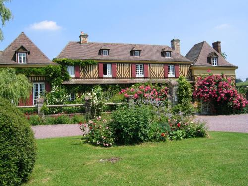 Aux Pommiers de Livaye : Bed and Breakfast near Grandchamp-le-Château