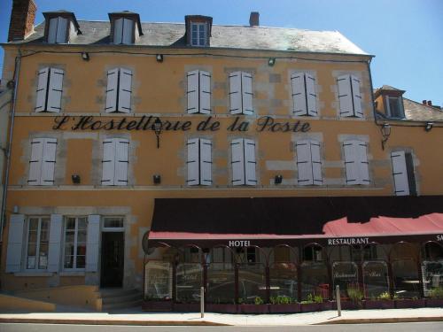 Hostellerie De La Poste : Hotel near Sougères-en-Puisaye
